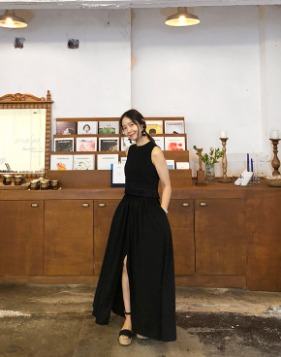 [Shortbutstunning] slit maxi skirt  (Black)